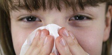 пищевая аллергия на руках у ребенка